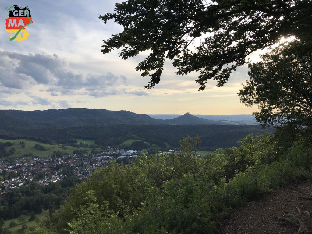 Hohenzollern von allen Seiten.