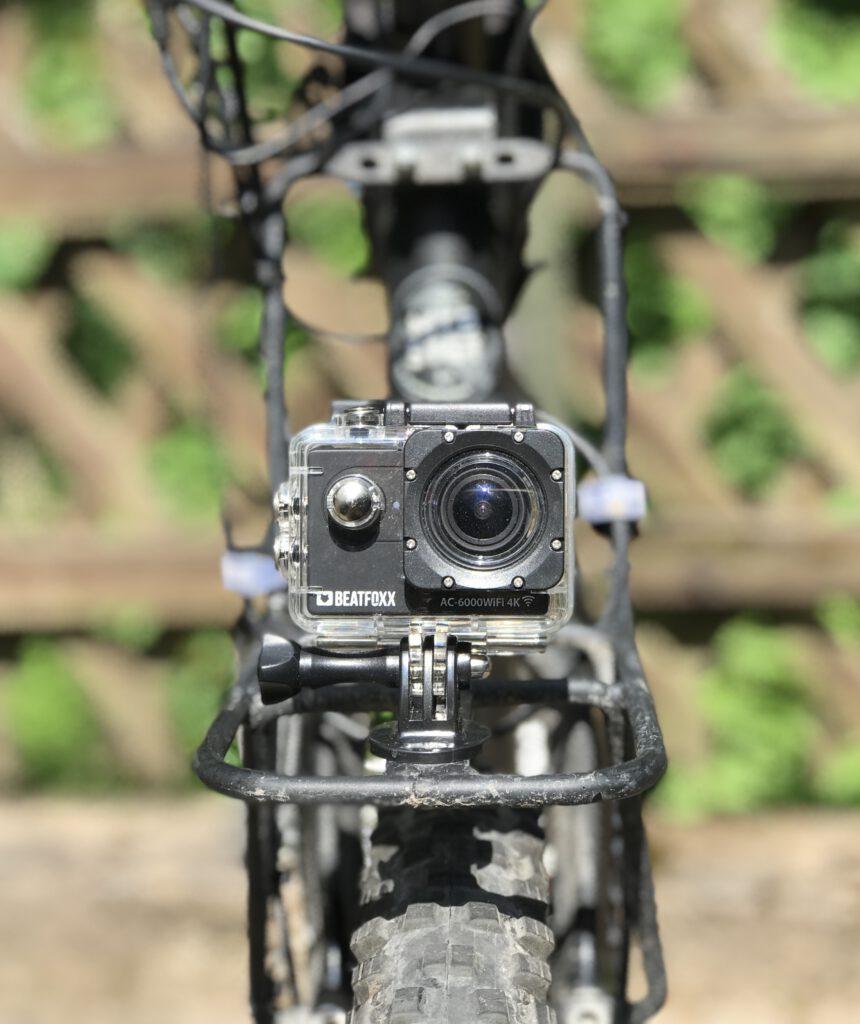 ActionCam am Bikepacking-Rad für Mapillary